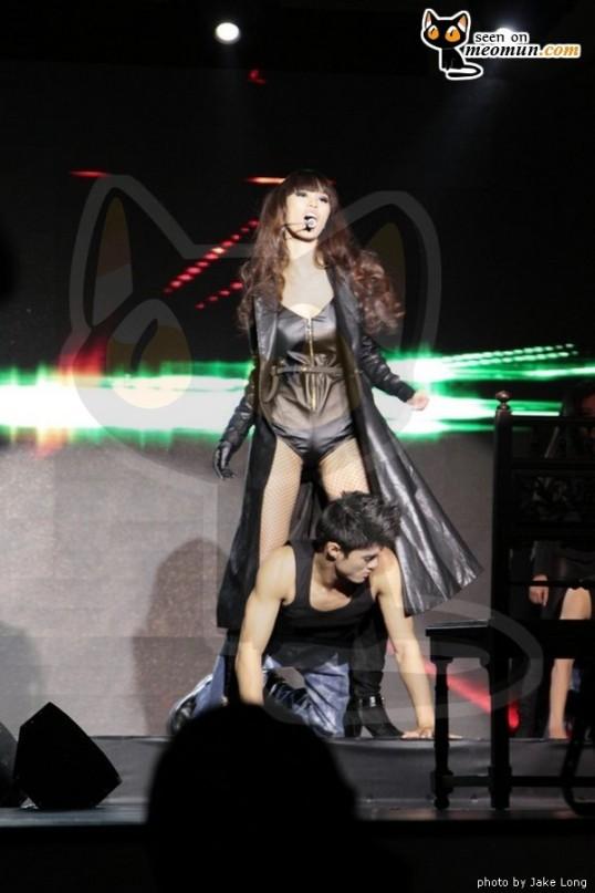 Buổi ra mắt MV Model - Take my picture - Siêu mẫu Hà Anh (5)
